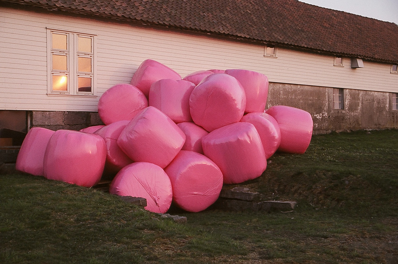 34-pink balls2
